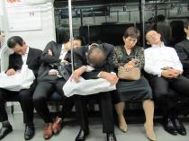 dans-le-metro-japonnais.jpg